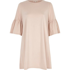 Pink flute sleeve jumbo smock dress