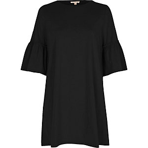 Black flute sleeve jumbo smock dress