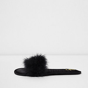 Black  fluffy slider slippers