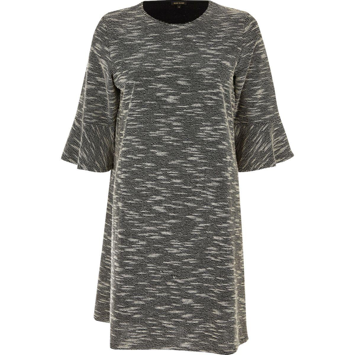 Schwarzes Jacquard-Kleid