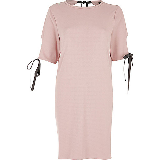 Blush pink bow T-shirt dress