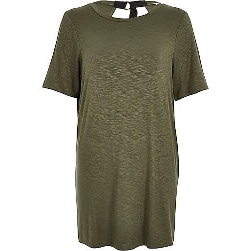 T-shirt vert kaki dos-nu