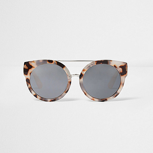 Grey camo cat eye sunglasses