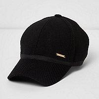 Black knit peak cap