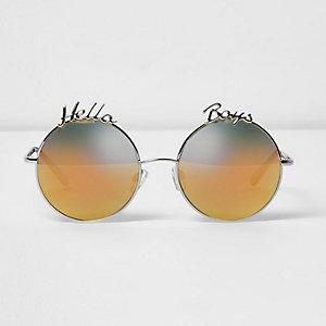 Zilverkleurige 'hello boys' ronde zonnebril