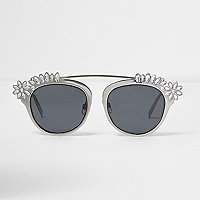 Silver embellished smoke lens sunglasses