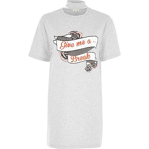 Grey give me a break print choker T-shirt