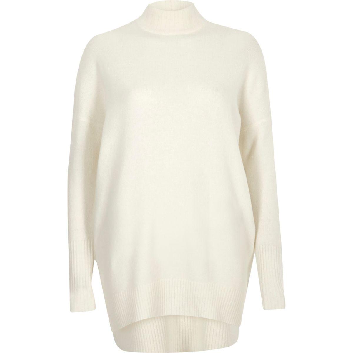 Cream oversized turtle neck sweater