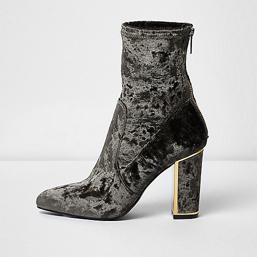 Grey velvet look pointed ankle boots