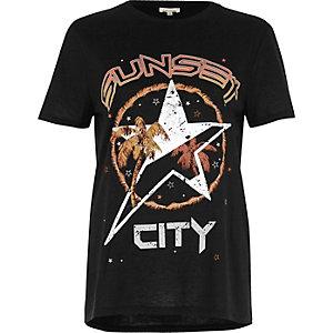 """Schwarzes T-Shirt mit """"Sunset City""""-Schriftzug"""