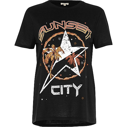 Black sunset city fitted T-shirt