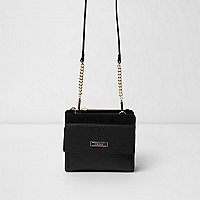 Black boxy pocket front bag