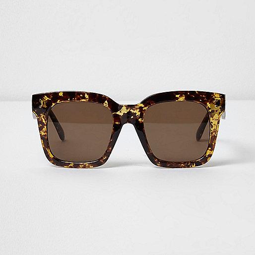 Beige tortoise oversized zonnebril