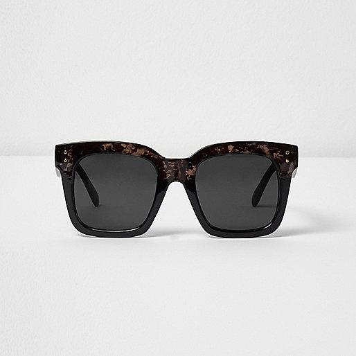 Black tortoiseshell oversized sunglasses