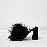 Black fluffy feather block heel mules