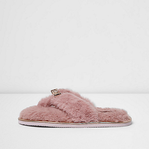 Pink faux fur bow flip flop slippers