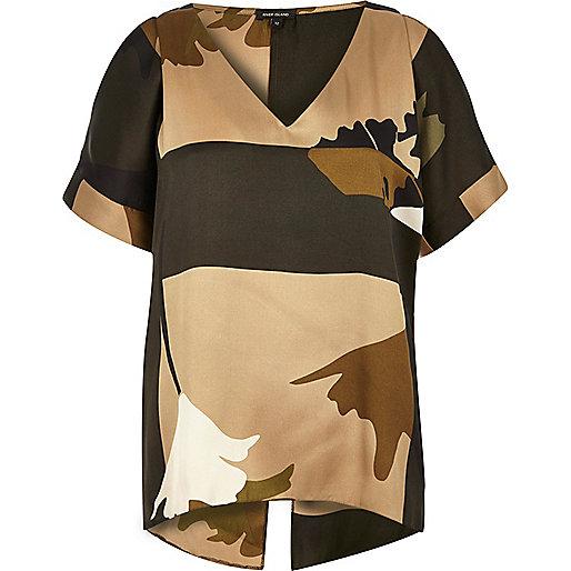 Brown camouflage print cold shoulder tee