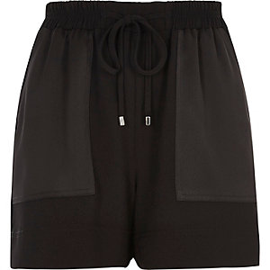 Black woven panel pocket shorts