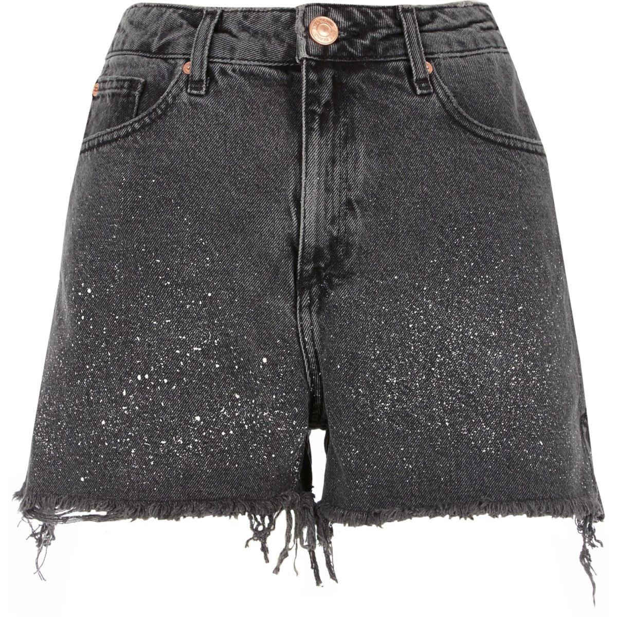 Short en jean noir délavé effet éclaboussures de peinture