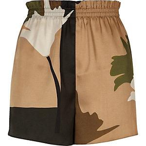 Khaki brown print shorts