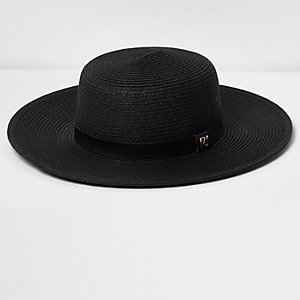 Black  flat brim straw hat