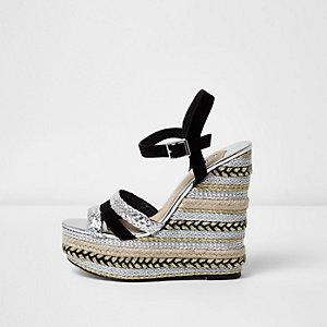 Sandales style espadrille noires métallisées à talons compensés