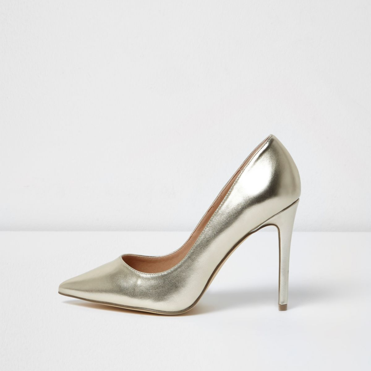 Gold metallic wide fit court shoes