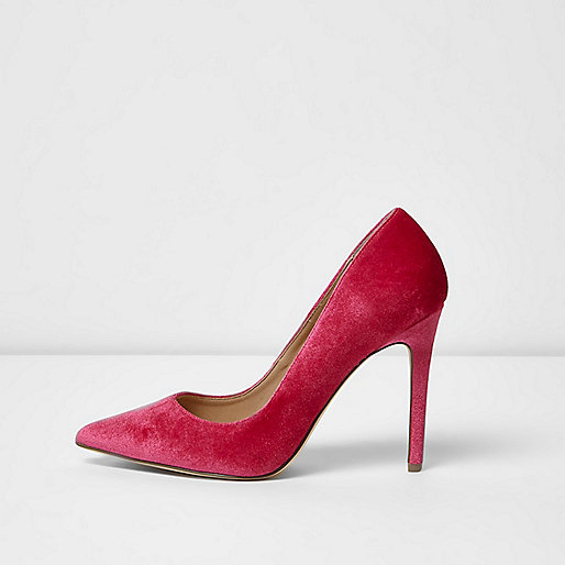 Pink velvet court shoes