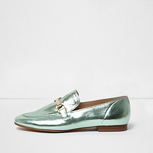 Green metallic snaffle loafers