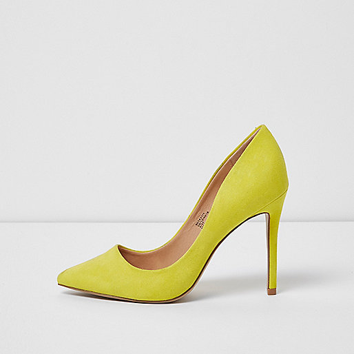 Yellow wide fit pumps