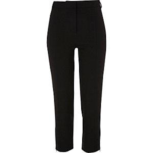 Zwarte nette cropped slim-fit broek