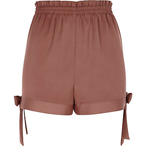 Brown bow hem shorts