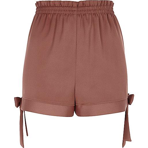Brown bow hem shorts