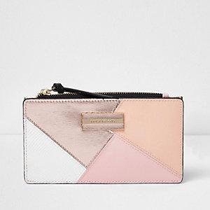 Smalle portemonnee met overslag, rits bovenaan en roségoudkleurig paneel