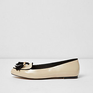 Nude patent wide fit loafer