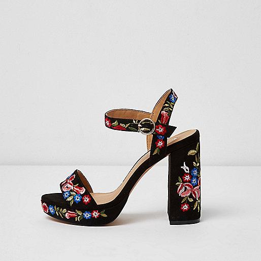 Sandales coupe large fleuries noires à plateforme
