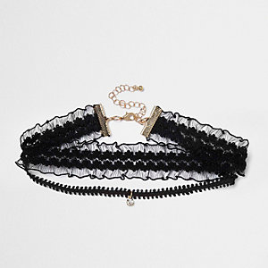 Black lace drop choker