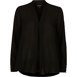 Black pleat loose blouse