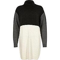 Graues, gestricktes Pulloverkleid