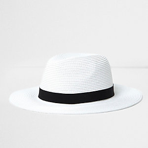 White straw fedora hat
