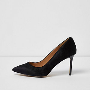 Black suede court shoe
