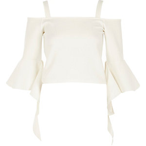 White cold shoulder frill sleeve top