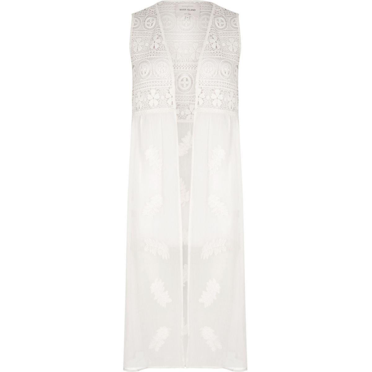 White lace embroidered sleeveless kimono