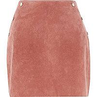 Mini-jupe en daim rose foncé cloutée