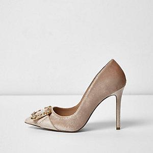 Light pink velvet buckle court shoes