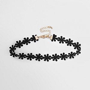 Schwarzer Choker mit Blumenmuster