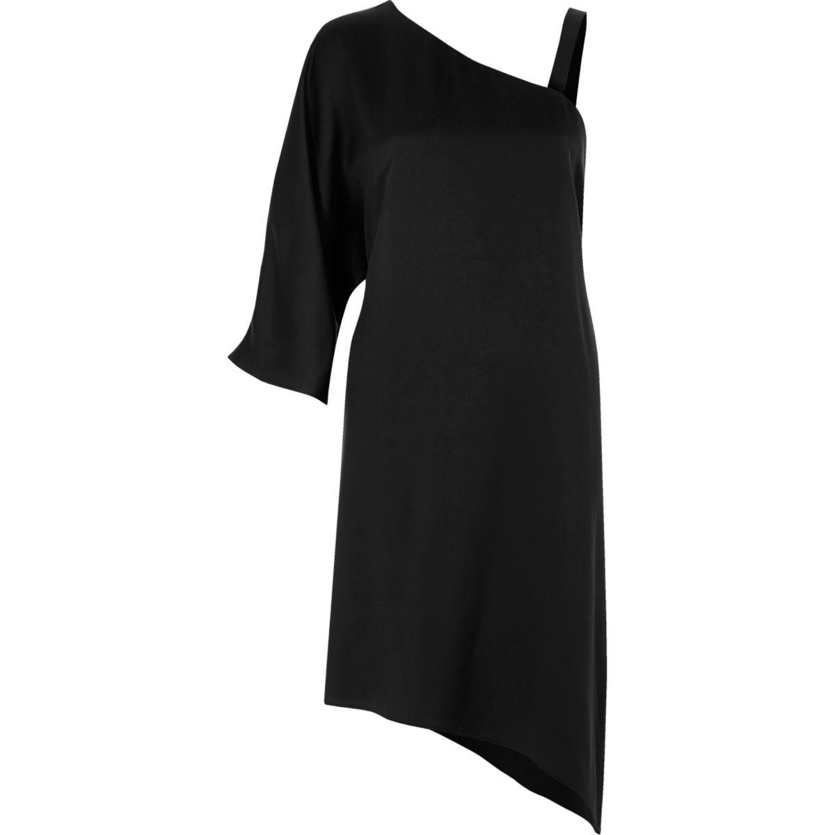 Black asymmetric one shoulder dress