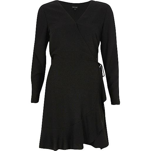 Robe cache-cœur noire à épaules dénudées