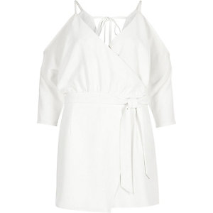 White tie back cold shoulder romper