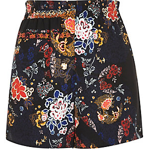 Zwarte short met hoge taille en bloemenprint